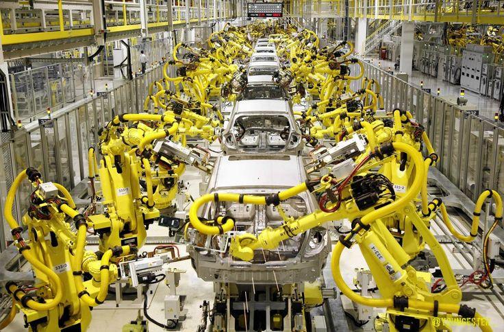 Использование роботов на автомобильном производстве
